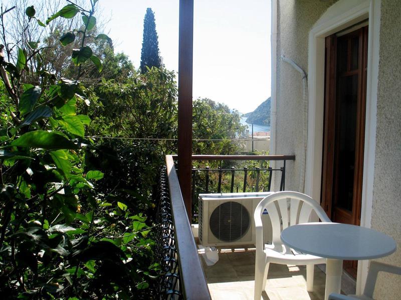 ξενοδοχεια τολο αργολίδας oasis-apartments.gr